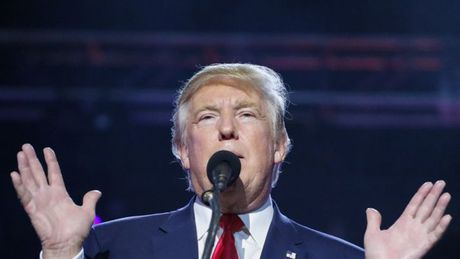 Ong Trump phan cong, thach ba Clinton kiem tra chat kich thich - Anh 1