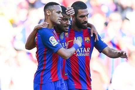 Messi ghi ban ngay tai xuat, Barca vui dap Deportivo - Anh 2
