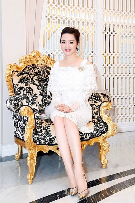 Kham pha biet thu trieu do cua Hoa hau Giang My - Anh 1