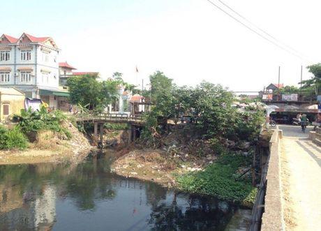 Song Chau Giang den sanh vi o nhiem, dan keu troi - Anh 1