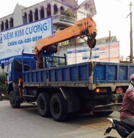 Quang Ninh: Tai nan nghiem trong khien hai phuot thu tu vong tai cho - Anh 1