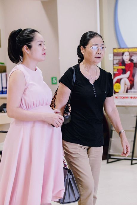 Dien vien Duong Cam Lynh da sinh con trai dau long ngay 15/10 - Anh 3