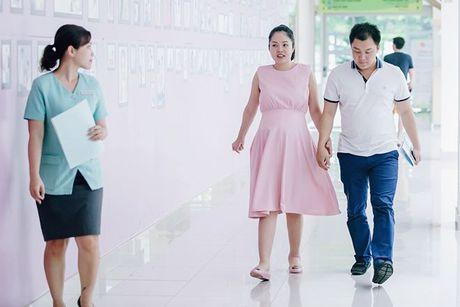 Dien vien Duong Cam Lynh da sinh con trai dau long ngay 15/10 - Anh 4