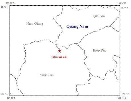 Dong dat lien tiep tren 3 do Richter o mien nui Quang Nam - Anh 2