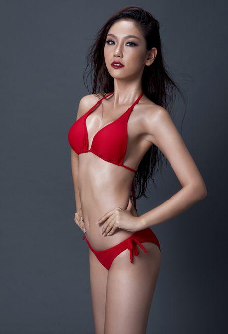 A khoi Phuong Linh cuon hut voi bikini - Anh 2