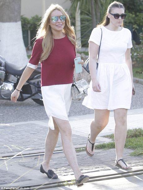 Lindsay Lohan tuoi tan sau binh luan tuc tiu cua Trump - Anh 1