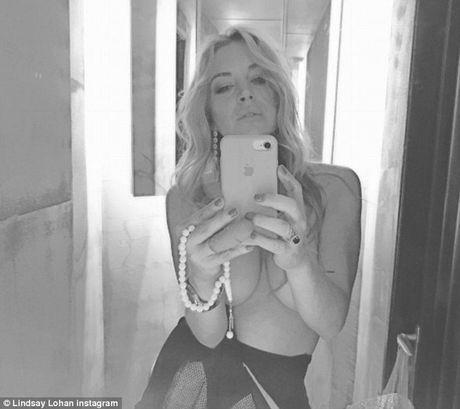 Lindsay Lohan tuoi tan sau binh luan tuc tiu cua Trump - Anh 4