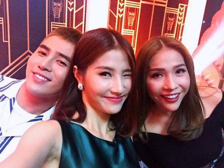 Bat ngo voi guong mat khac la cua Van Mai Huong - Anh 7