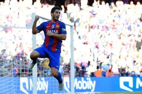 Messi chi mat bon phut de ghi ban, Barca dai thang Deportivo - Anh 3