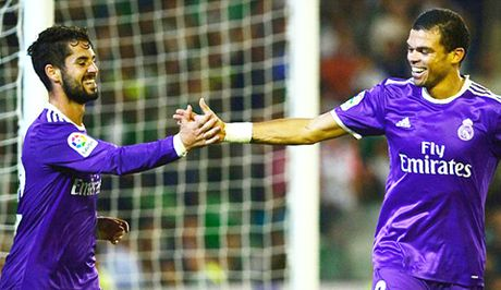 Real Betis 1-6 Real Madrid: 'Danh tennis' tung bung, cham dut ac mong hoa - Anh 3
