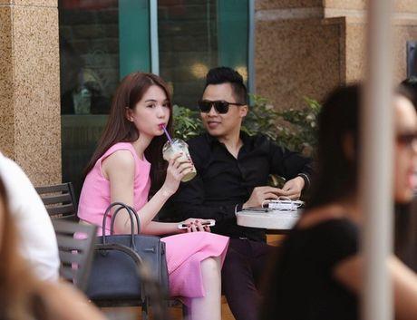 Khac Tiep lam giam khao, Ngoc Trinh trao vuong mien Hoa hau Han Quoc - Anh 1