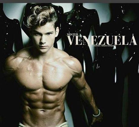 Chi em 'phat sot' voi co bap cua nam vuong Venezuela - Anh 4