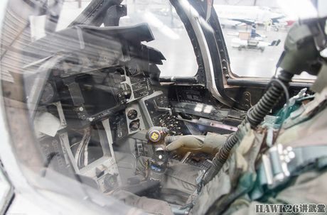 Soi chi tiet tiem kich F-14 My tung dieu toi Viet Nam - Anh 11