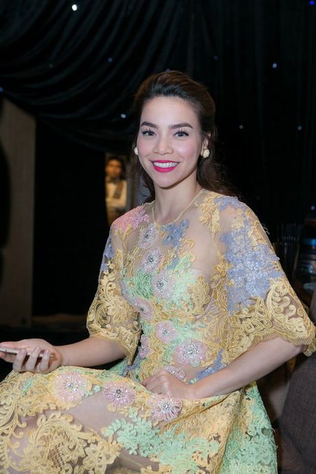 Ho Ngoc Ha 'khoe than' tao bao voi mot xuyen thau, 'khong noi y' - Anh 9