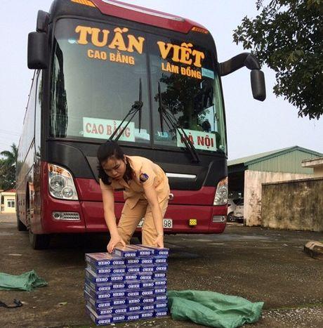 Thanh Hoa: Phat hien 840 bao thuoc la lau - Anh 1