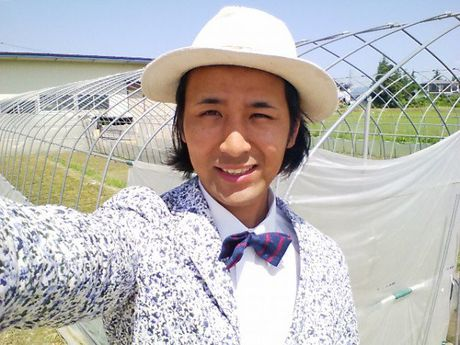 Anh nong dan Nhat dien com-le di lam dong va ly do khong ngo - Anh 2