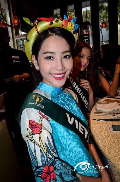 Nam Em lan dau dua ao ba ba den dau truong nhan sac quoc te - Anh 8