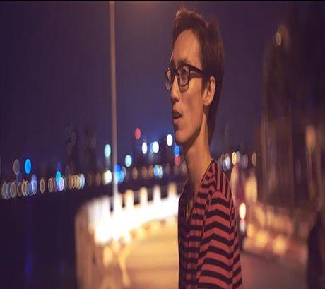 Sau mot thoi gian tha thinh, Lynk Lee da chiu tung MV hop tac voi vlogger Andrew - Anh 2