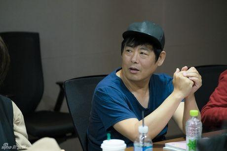 Lee Min Ho dep trai ngoi ngoi ben Jun Ji Hyun trong buoi doc kich ban phim - Anh 6