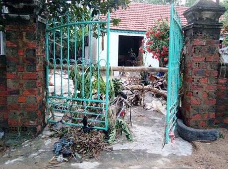 Mua lu tai Quang Binh: Nuoc rut den dau tan hoang den do - Anh 11