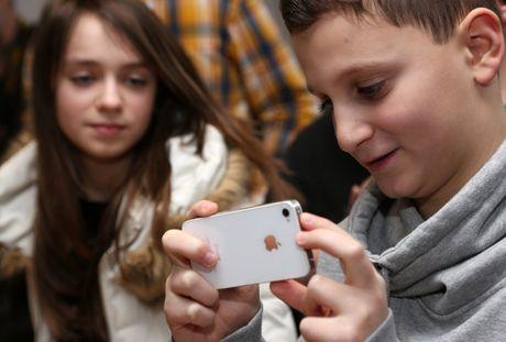 Gioi tre ua chuong dien thoai iPhone ap dao Android - Anh 1