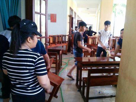 Quang canh truong hoc o Quang Binh tan hoang vi mua lu - Anh 6