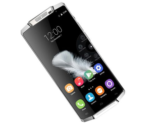 """Giat minh"" voi smartphone hon 5 trieu pin khoe, cau hinh khung - Anh 3"