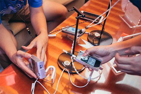 Soi noi buoi offline ve tai nghe custom tai Ha Noi - Anh 4