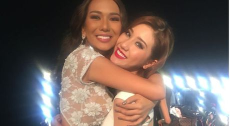 Bao Nhu trang tay, nguoi dep Puerto Rico dang quang 'Miss Intercontinental 2016' - Anh 1