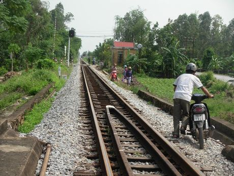 Quang Binh: An hoa khi vuot lu tren ngam Song Ngang - Anh 3
