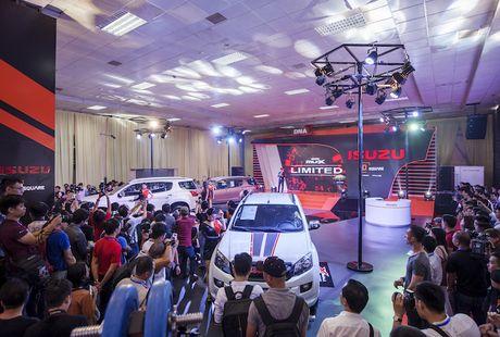 Isuzu Viet Nam: xe SUV cung mang gen noi troi cua xe tai - Anh 1