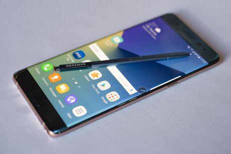 Da thu hoi hon 8.000 chiec Galaxy Note 7 tai Viet Nam - Anh 1