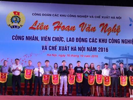 Soi noi Lien hoan van nghe trong CNVCLD Khu CN-CX Ha Noi nam 2016 - Anh 1