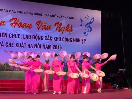 Soi noi Lien hoan van nghe trong CNVCLD Khu CN-CX Ha Noi nam 2016 - Anh 5