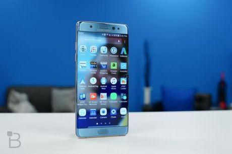 Nhat Ban noi dai danh sach cac nuoc cam Galaxy Note 7 tren may bay - Anh 1