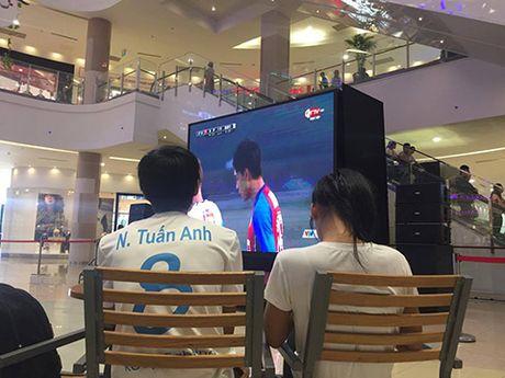 Tran 'Vietnamese derby' - Anh 1