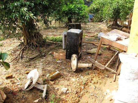 Nuoc mat nguoi Quang Binh tuon roi khi lu du cuon sach tai san - Anh 5