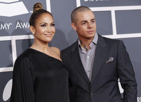 Jennifer Lopez bo tinh tre vi bi lua doi - Anh 1