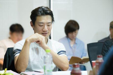 Jun Ji Hyun gian di ben Lee Min Ho dien trai - Anh 3