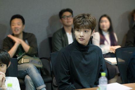 Jun Ji Hyun gian di ben Lee Min Ho dien trai - Anh 6