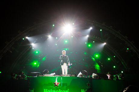 Hon 20.000 khan gia tham gia 'Heineken Green Room' - Anh 1
