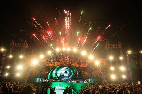 Hon 20.000 khan gia tham gia 'Heineken Green Room' - Anh 4
