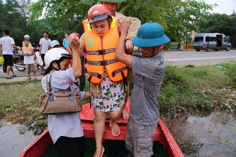Quang Binh: Lu du di qua, tinh nguoi o lai - Anh 3