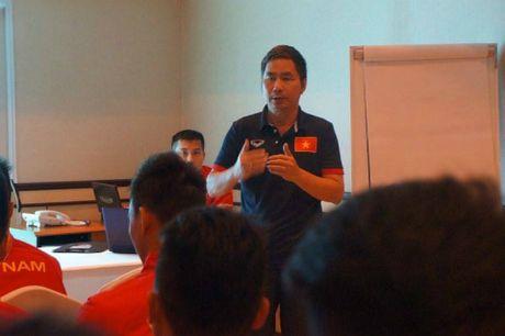 U19 Viet Nam gui loi 'gan ruot' ve que nha - Anh 4