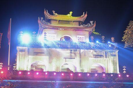 Hinh anh: Hoang Thanh lung linh trong dem be mac Festival Ao dai - Anh 1