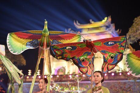 Hinh anh: Hoang Thanh lung linh trong dem be mac Festival Ao dai - Anh 3