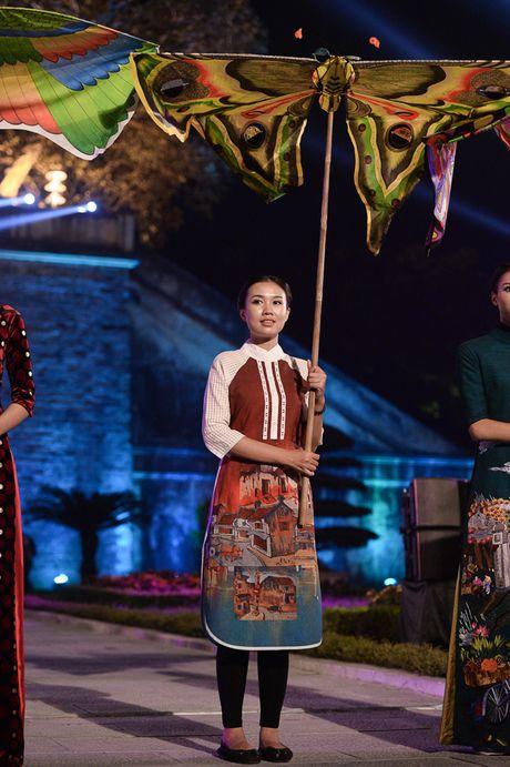 Hinh anh: Hoang Thanh lung linh trong dem be mac Festival Ao dai - Anh 5