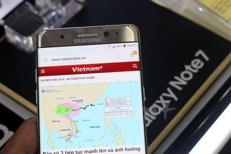 Jetstar cam mang dien thoai Galaxy Note 7 len tau bay - Anh 1