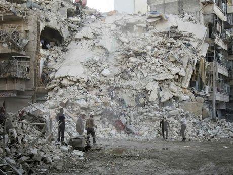 Dien Kremlin: Ngung ban tai Aleppo la thien chi cua quan doi Nga - Anh 1