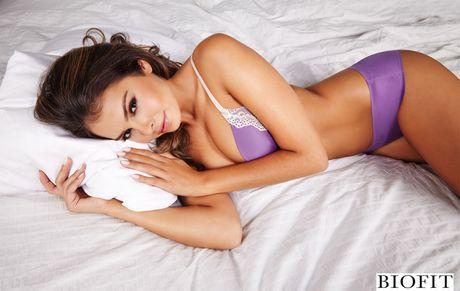 Top 10 nang Ring-girl noi tieng nhat lang boxing (Phan cuoi): Alana Campos - Anh 7